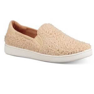 NEW UGG SLIP-ON SNEAKERS